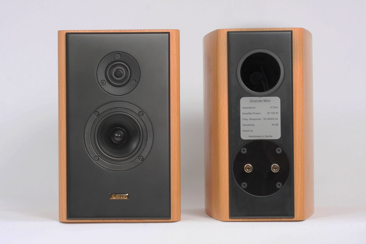 A New Addition To Dayens Family Of Loudspeakers Grande Mini Are Refined Two Way Bookshelf Speakers And Smallest Model In The High End Series